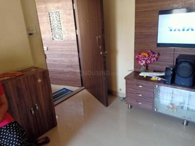 Gallery Cover Image of 530 Sq.ft 1 BHK Apartment for buy in Thane West for 6700000