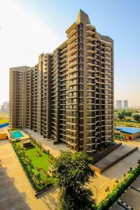 Gallery Cover Image of 1056 Sq.ft 2 BHK Apartment for buy in Sector 63 for 12000000
