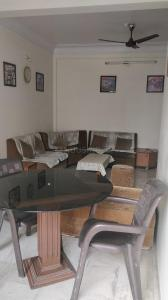 Gallery Cover Image of 1500 Sq.ft 2 BHK Apartment for buy in Shri Nagar for 4000000