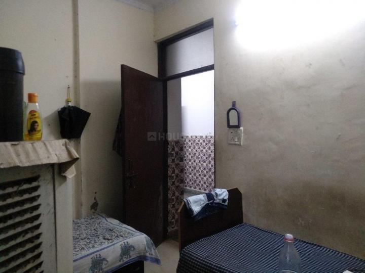 Bedroom Image of Om Sai PG in Khanpur
