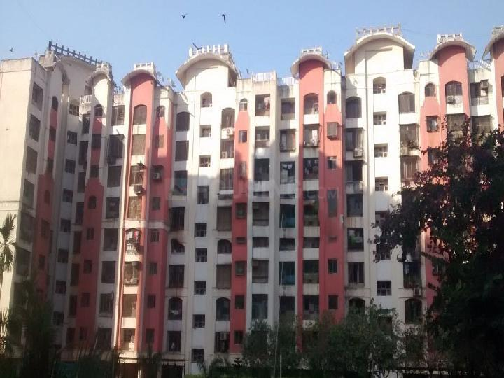 Building Image of 1150 Sq.ft 3 BHK Apartment for buy in Malad West for 18000000
