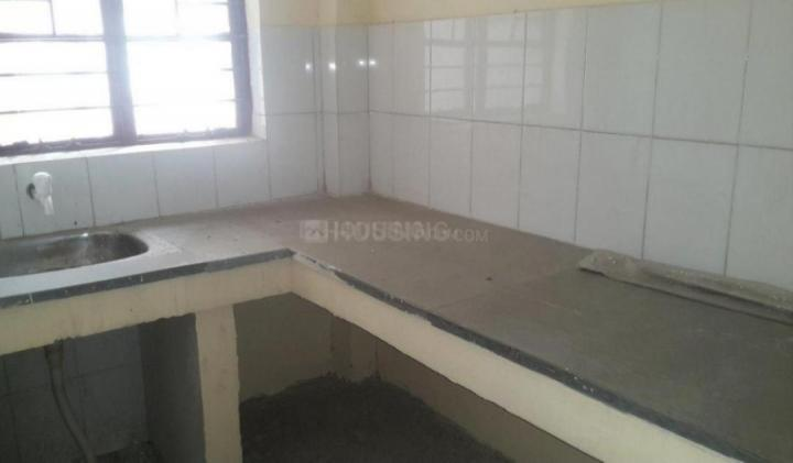 Kitchen Image of 700 Sq.ft 3 BHK Apartment for buy in Rohini Sector 28  for 5000000