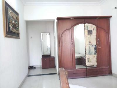 Gallery Cover Image of 350 Sq.ft 1 RK Apartment for rent in Malad East for 20000