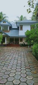 Gallery Cover Image of 2637 Sq.ft 4 BHK Independent House for buy in South Koduvally for 18500000