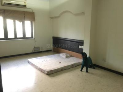 Gallery Cover Image of 2700 Sq.ft 3 BHK Apartment for rent in Gulmohar Park for 88000