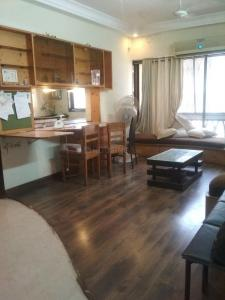 Gallery Cover Image of 1500 Sq.ft 3 BHK Apartment for rent in Santacruz East for 75000
