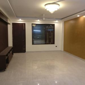 Gallery Cover Image of 2000 Sq.ft 3 BHK Independent Floor for rent in Ashoka Enclave Part II, Sector 37 for 25000