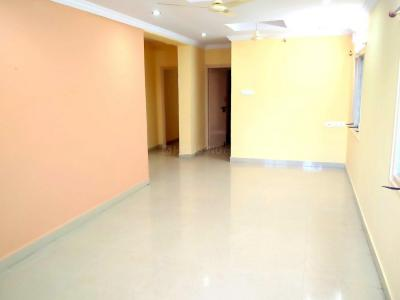 Gallery Cover Image of 1250 Sq.ft 3 BHK Apartment for rent in Pragathi Nagar for 16000