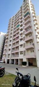 Gallery Cover Image of 1126 Sq.ft 2 BHK Apartment for rent in Godrej Eden G And H, Chandkheda for 13500