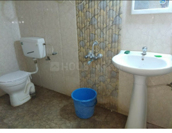 Bathroom Image of 550 Sq.ft 1 BHK Apartment for rent in Mira Road East for 13000