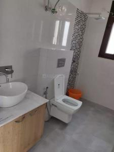 Common Bathroom Image of Neel PG And Rooms in Sector 46