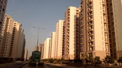 Gallery Cover Image of 1356 Sq.ft 3 BHK Apartment for buy in Jaypee Kosmos, Sector 134 for 4750000