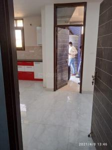 Gallery Cover Image of 890 Sq.ft 2 BHK Independent Floor for rent in Laxmi Height, Noida Extension for 7000