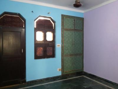 Gallery Cover Image of 850 Sq.ft 1 BHK Independent Floor for rent in Sector 22 for 14000
