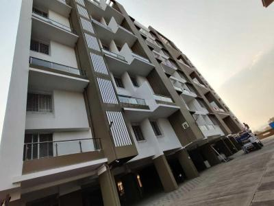 Gallery Cover Image of 980 Sq.ft 2 BHK Apartment for rent in Pragati Royal Serene Phase I, Mahalunge for 17000