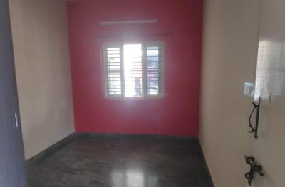 Gallery Cover Image of 800 Sq.ft 2 BHK Independent House for rent in Panathur for 12500