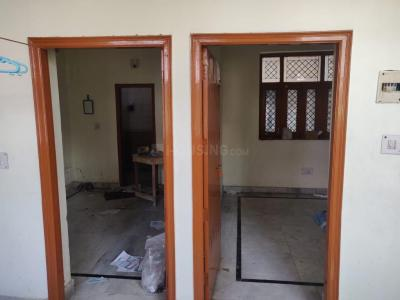 Gallery Cover Image of 600 Sq.ft 2 BHK Independent House for rent in Delta I Greater Noida for 15000