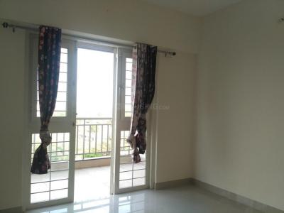 Gallery Cover Image of 644 Sq.ft 1 BHK Apartment for rent in Gemini Grand Bay, Manjari Budruk for 12500