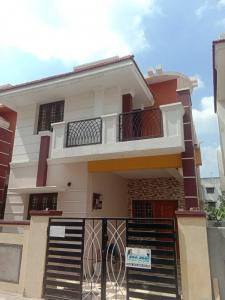 Gallery Cover Image of 1700 Sq.ft 3 BHK Villa for buy in Iyyappanthangal for 9500000