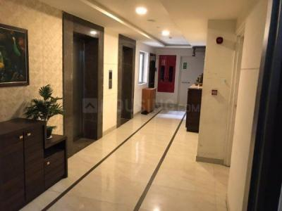 Gallery Cover Image of 1400 Sq.ft 3 BHK Apartment for buy in Lodha Luxuria Priva, Thane West for 20000000