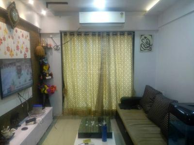 Gallery Cover Image of 600 Sq.ft 1 BHK Apartment for buy in Kopar Khairane for 8000000
