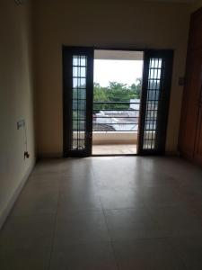 Gallery Cover Image of 2000 Sq.ft 3 BHK Apartment for rent in T Nagar for 43000