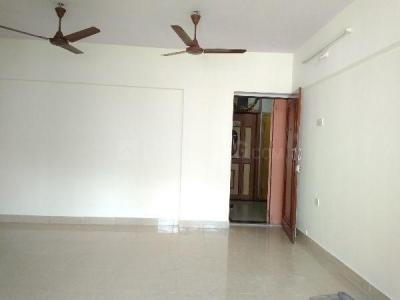 Gallery Cover Image of 1050 Sq.ft 3 BHK Apartment for rent in Kandivali East for 32000