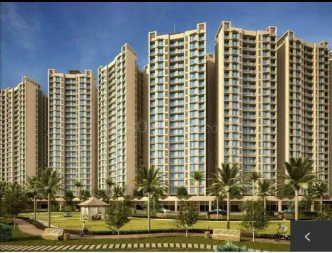Building Image of 602 Sq.ft 1 BHK Apartment for rent in Malad West for 32000