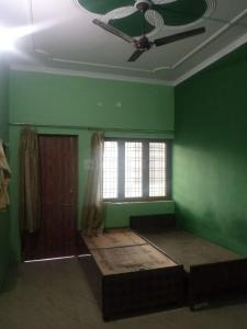Gallery Cover Image of 6000 Sq.ft 2 BHK Villa for rent in Chandrabani for 6000