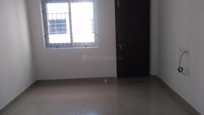 Gallery Cover Image of 1317 Sq.ft 3 BHK Apartment for rent in Perungalathur for 15000