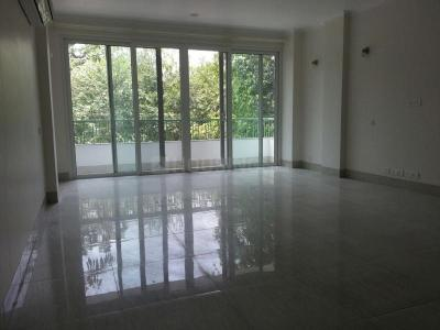 Gallery Cover Image of 2000 Sq.ft 4 BHK Independent Floor for buy in Safdarjung Enclave for 77500000