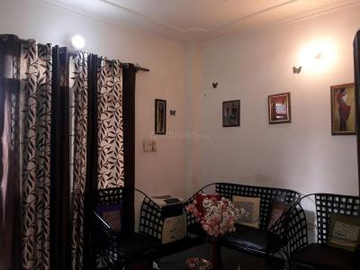 Gallery Cover Image of 450 Sq.ft 1 BHK Independent Floor for rent in DLF Phase 3 for 17000