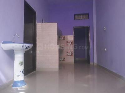 Gallery Cover Image of 650 Sq.ft 1 BHK Independent House for rent in Shahdara for 7500