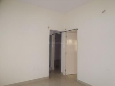 Gallery Cover Image of 700 Sq.ft 2 BHK Apartment for rent in 5th Phase for 16000