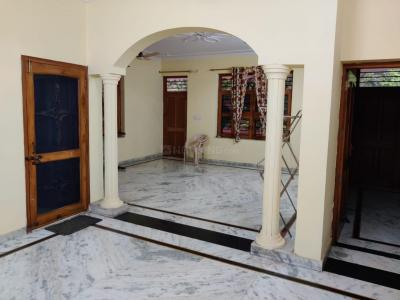 Gallery Cover Image of 1500 Sq.ft 2 BHK Independent House for rent in Sector 23 for 13000