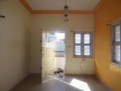 Gallery Cover Image of 900 Sq.ft 3 BHK Independent Floor for rent in J. P. Nagar for 20000