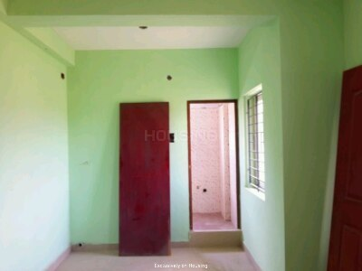 Gallery Cover Image of 550 Sq.ft 1 BHK Apartment for buy in Urapakkam for 1800000