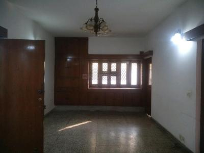 Gallery Cover Image of 2000 Sq.ft 4 BHK Apartment for buy in Vasant Kunj for 25000000