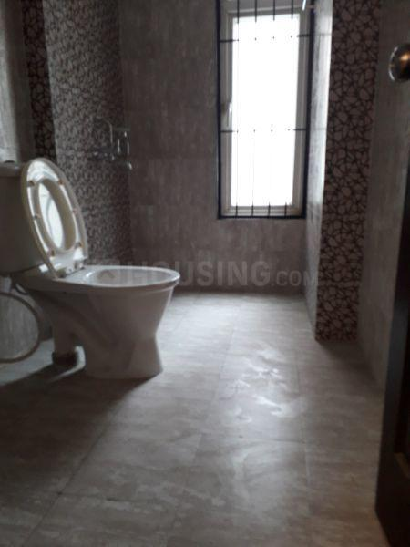 Common Bathroom Image of 1050 Sq.ft 2 BHK Apartment for rent in Vaishali for 14000