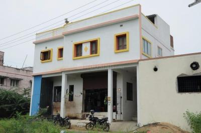 Gallery Cover Image of 1500 Sq.ft 3 BHK Independent Floor for rent in Thiruneermalai for 18000