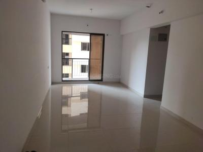 Gallery Cover Image of 650 Sq.ft 1 BHK Independent Floor for rent in Kores Nakshatra, Thane West for 22000