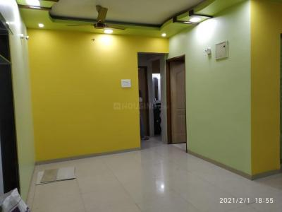Gallery Cover Image of 1350 Sq.ft 3 BHK Apartment for rent in Neelkanth Park, Greater Khanda for 26000