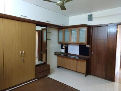 Gallery Cover Image of 1500 Sq.ft 3 BHK Apartment for rent in Baner for 32000