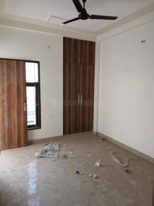 सृजी हाइट्स, नोएडा एक्सटेंशन  में 4000000  खरीदें  के लिए 1200 Sq.ft 3 BHK इंडिपेंडेंट हाउस के बेडरूम  की तस्वीर