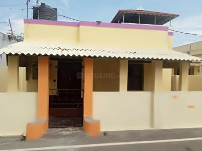 Gallery Cover Image of 800 Sq.ft 2 BHK Independent House for rent in Pollachi Railway Junction for 5000