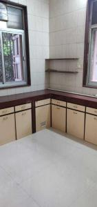Gallery Cover Image of 1000 Sq.ft 1 BHK Apartment for rent in Khar West for 45000