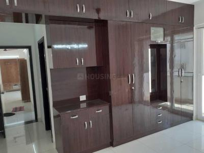 Gallery Cover Image of 1244 Sq.ft 2 BHK Apartment for rent in Pallikaranai for 18000