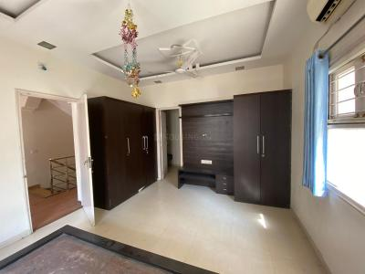 Gallery Cover Image of 2200 Sq.ft 3 BHK Independent House for buy in Thaltej for 18000000