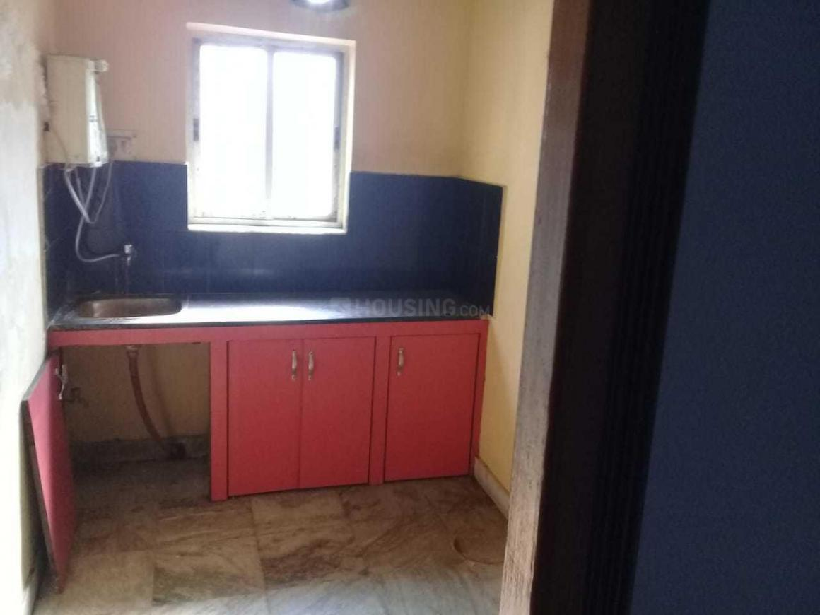 Kitchen Image of 720 Sq.ft 1 BHK Apartment for rent in Keshtopur for 7500