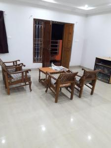 Gallery Cover Image of 2550 Sq.ft 3 BHK Villa for buy in Amrit Floral City, Dunda for 10000000